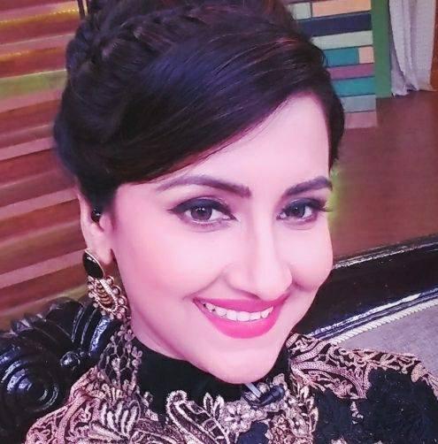 Rachana Banerjee age, husband name, family, son name