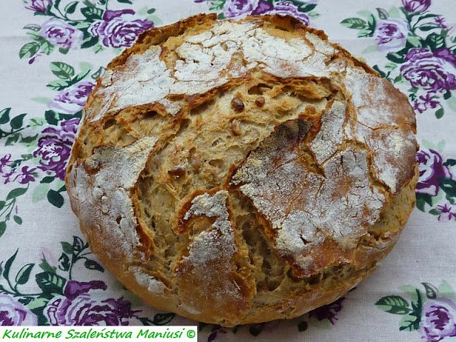 Chleb pszenno-żytni ze słonecznikiem