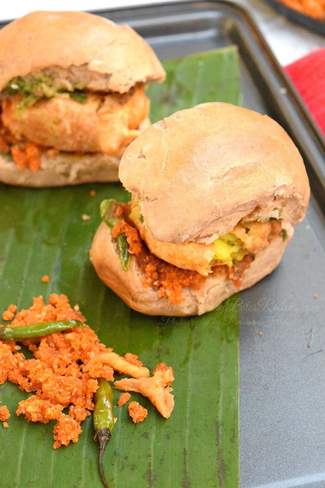 Bombay Mumbai Vada Pav Street Food Vegetarian Snack