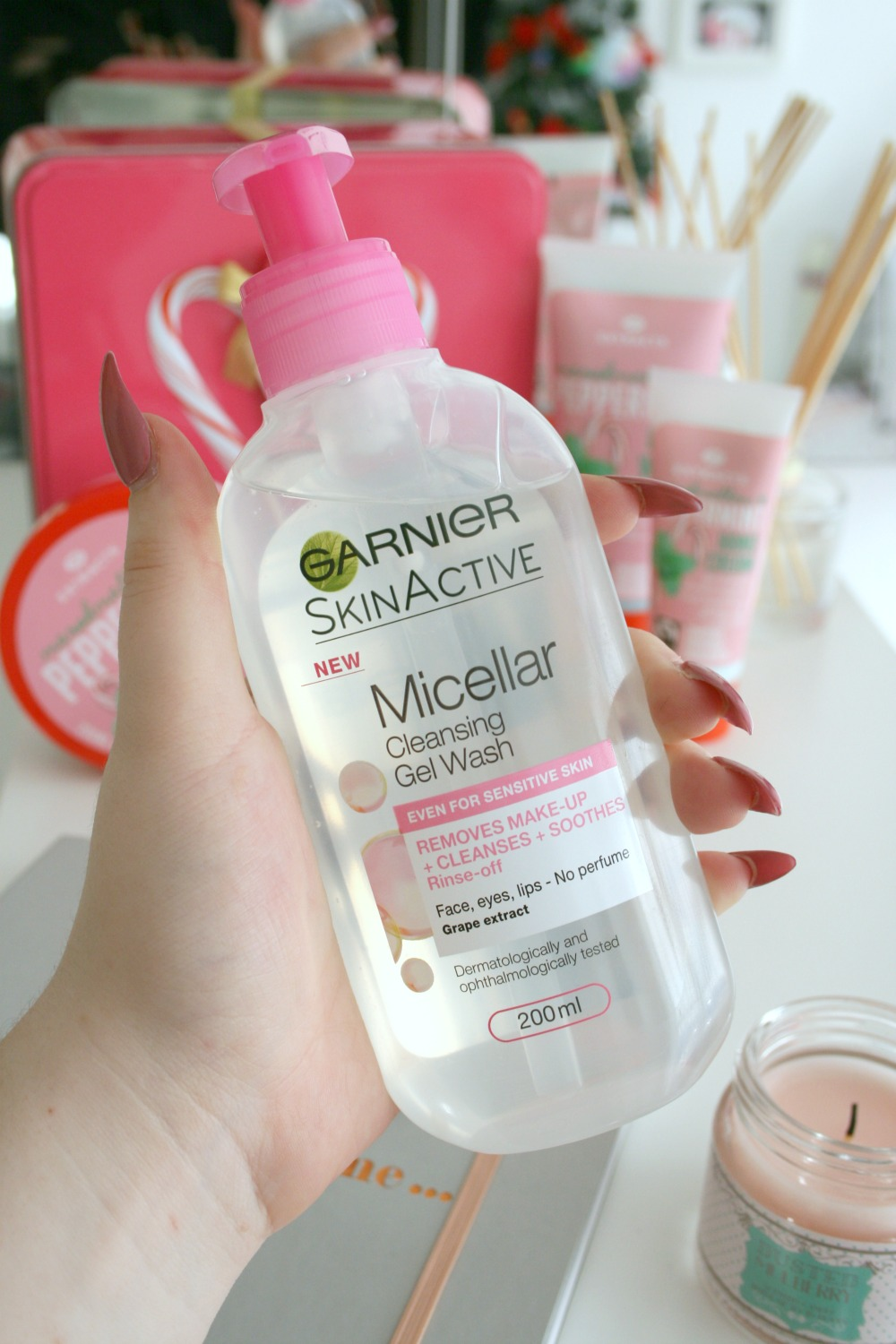 Garnier Micellar Water Cleansing Gel Wash
