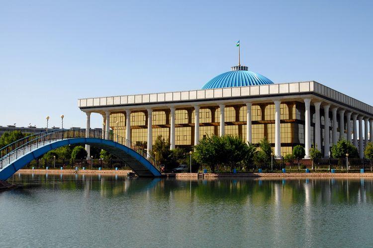 Uzbekistan Buat Kampanye Pemilu Parlemen