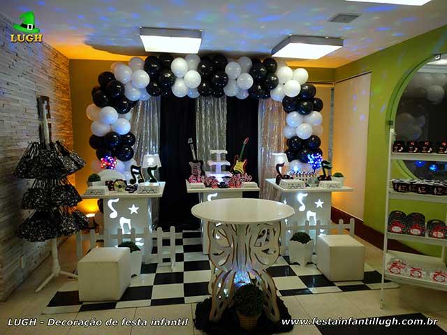 Mesa temática provençal - Decoração feminina festa Discoteca - Aniversário