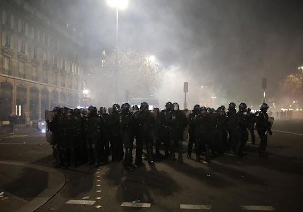 Marches des libertés : 98 policiers et gendarmes blessés, le bilan s'alourdit