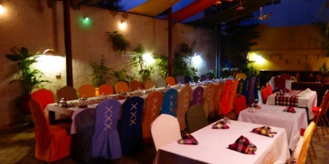 Bazoff, restaurant, hôtel, complexe, bar, sicap, amitié, ambiance, musique, cocktail, menu, plat, cuisine, LEUKSENEGAL, Dakar, Sénégal, Afrique