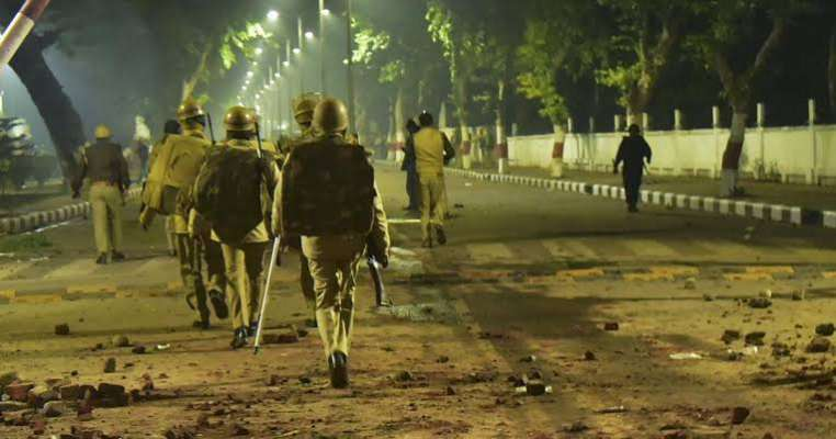 Anti-CAA violence: Allahabad High Court orders action against cops!!
