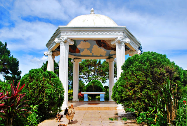 Scenic Resorts