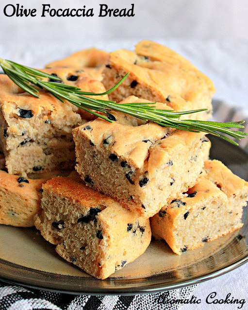 Aromatic Cooking: Olive Focaccia Bread