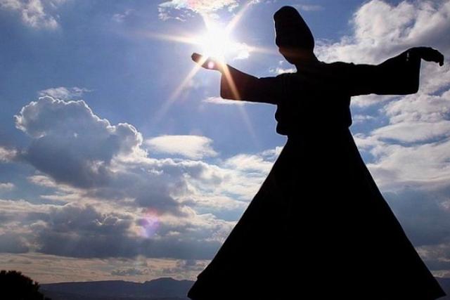 'Benarkah Kematian Begitu Menakutkan? Ini Kata Maulana Rumi'