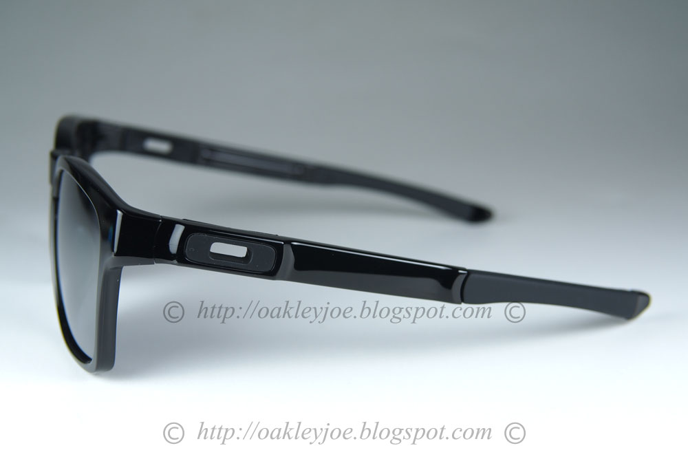 979d1f8f6b oo9272-02 Catalyst Asian Fit polished black + black iridium  225 xmas sale   190 !!! lens pre coated with Oakley hydrophobic nano solution