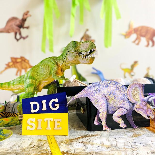 DIY Dinosaur Party For Kids