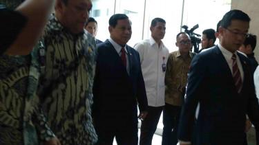 Yang Diomongkan Prabowo Saat Bertemu Dubes Arab Saudi