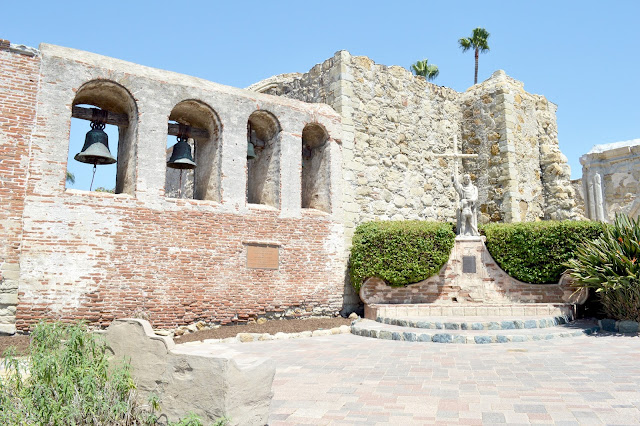 saint juan capistrano bell wall great stone church