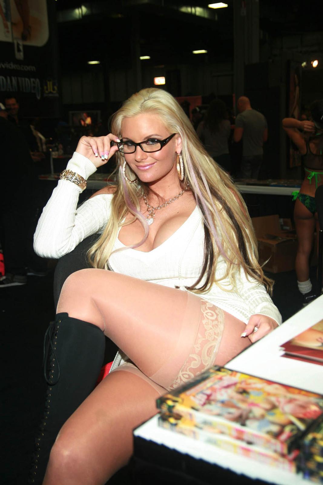 Erotica show 2010 chicago