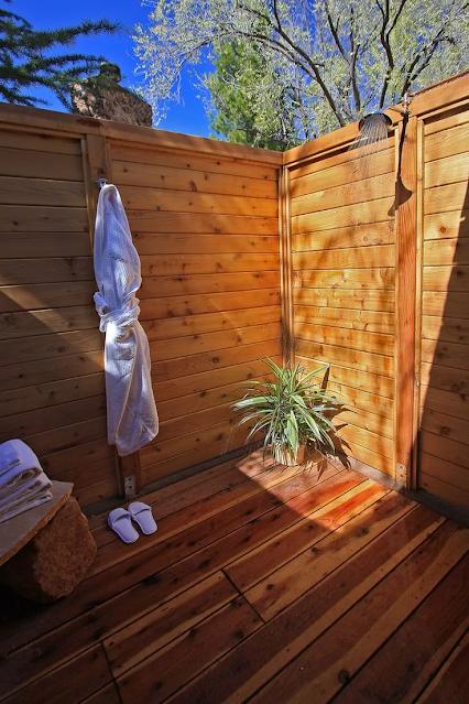 แบบห้องน้ำ outdoor ทำจากไม้