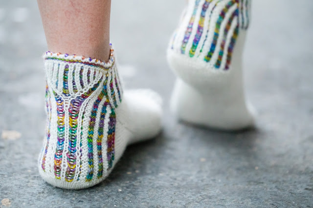 Bottoms Up Brioche Socks