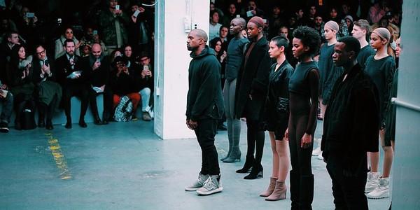 Nike và adidas: ai mới là là bá vương trong cuộc đua giày sneaker nữ 0?