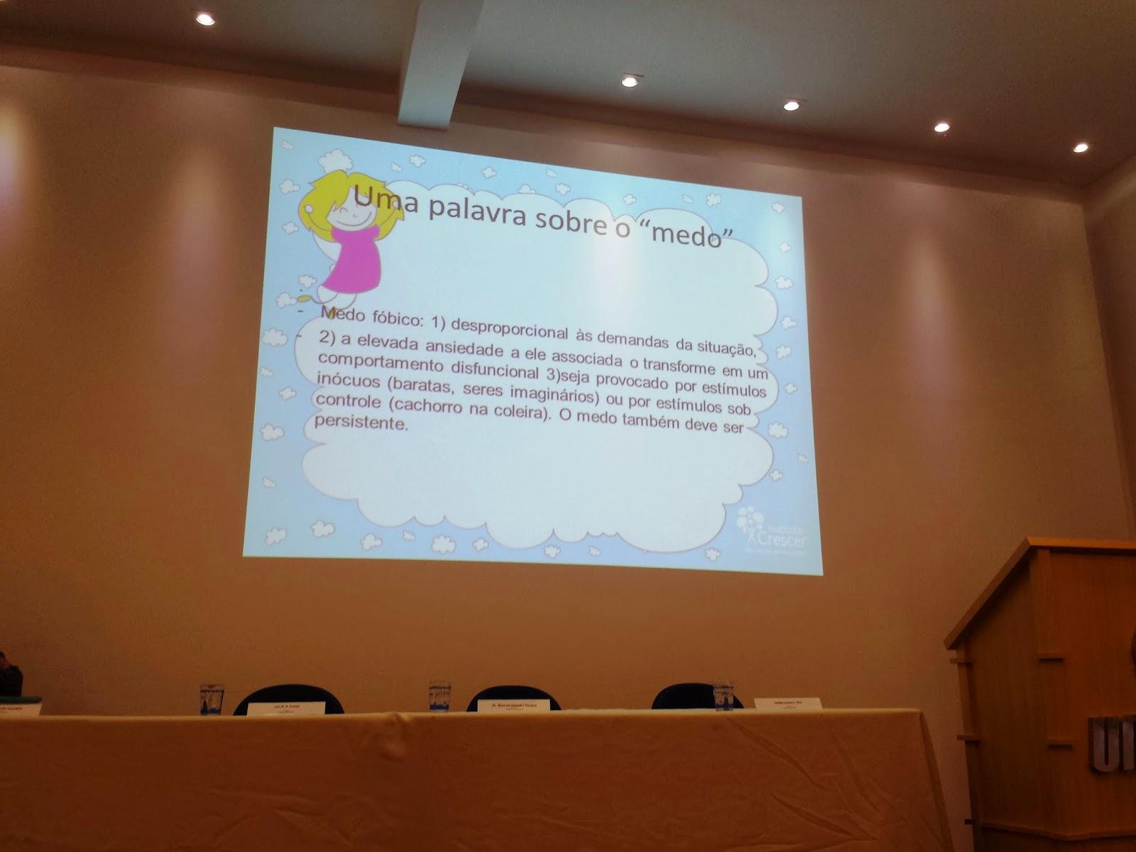 Sócios do Instituto Crescer participam de Congresso do Curso de Medicina UNIPAM 1