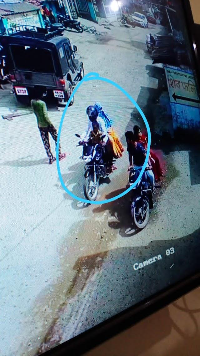 बिग ब्रेकिंग जशपुर : पत्थलगांव पुलिस की सक्रियता आई सामने,बच्चा चोरी की अफवाह पर पुलिस आई हरकत में,रिश्तेदार लेकर गए थे बच्चे को,पुलिस ने बच्चे को किया बरामद....