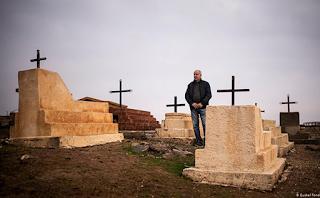 كيف يعيش المجتمع المسيحي العريق الصغير في شمال شرق سورية؟
