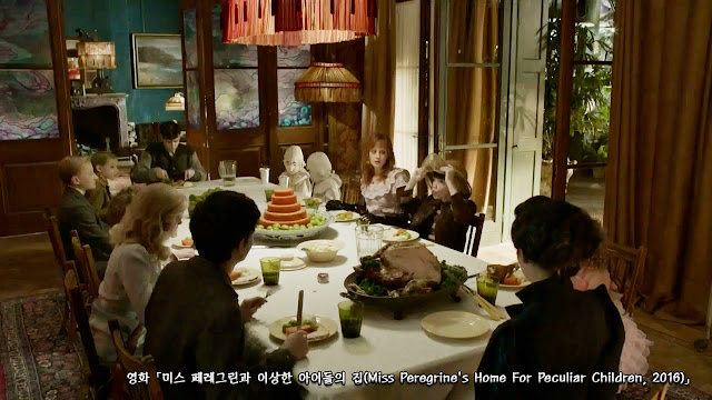 미스 페레그린과 이상한 아이들의 집(Miss Peregrine's Home For Peculiar Children, 2016) scene