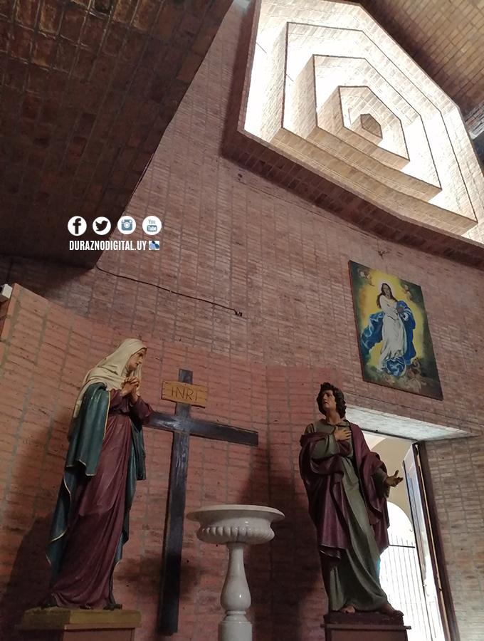 Durazno, Iglesia San Pedro. Otoño 2021. Durazno Digital.