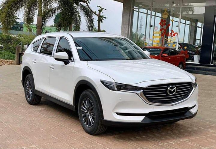 Mazda CX-8 giảm giá còn dưới 1 tỉ đồng, quyết đấu Hyundai SantaFe