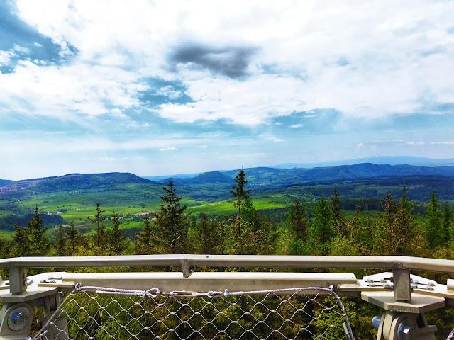 najwyższa góra w okolicy Wałbrzycha, co zobaczyć?
