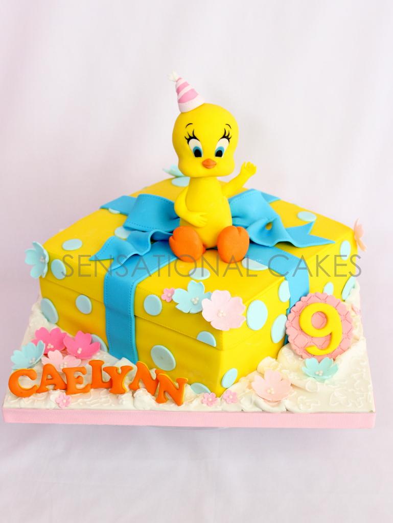 Awesome The Sensational Cakes Tweety Bird Theme 3D Sugarcraft Cake Funny Birthday Cards Online Kookostrdamsfinfo