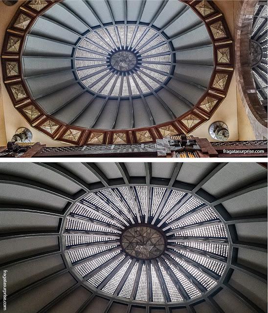 Detalhes da decoração do Palácio Nacional de Bellas Artes do México