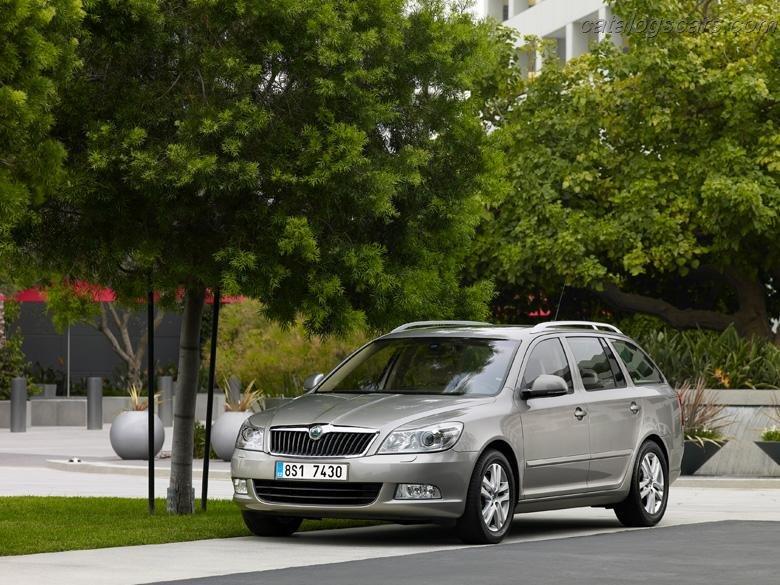 صور سيارة سكودا اوكتافيا كومبى 2012 - اجمل خلفيات صور سكودا اوكتافيا كومبى 2012 - Skoda Octavia Combi Photos Skoda-Octavia_Combi_2012_780x585_wallpaper_10.jpg