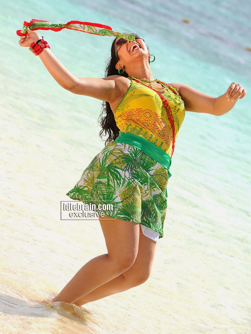 New Video Porn: Charmi Kaur hot ass panty show