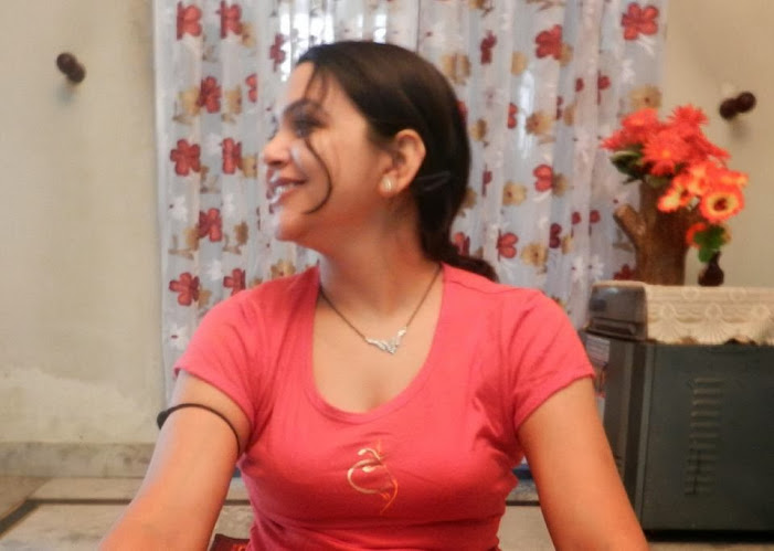 Hot Bobby Anita (Yoga Trainer) Latest Pics