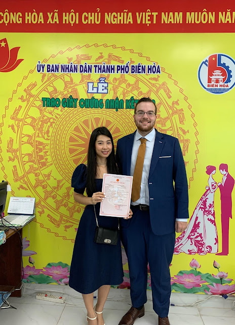 Phụ nữ Việt đăng ký kết hôn với người ngoại quốc