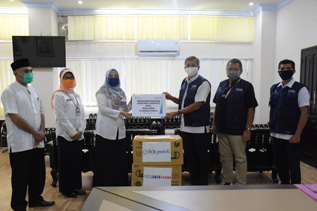 ITDC dan Club Med Serahkan Bantuan Masker untuk NTB