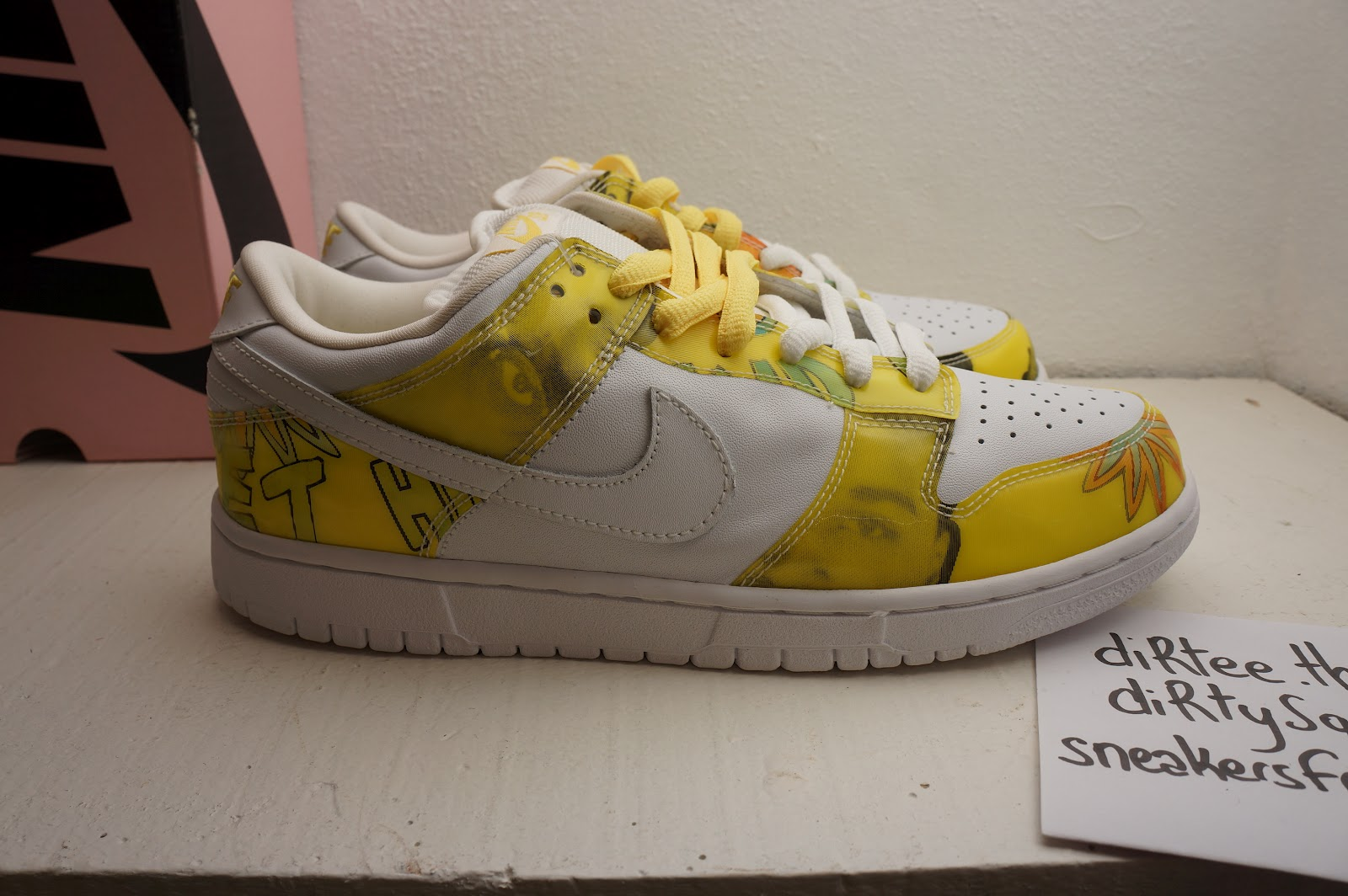 to buy top quality latest fashion sneakers from Paris: NIKE SB - Dunk Low Pro SB - De La Soul