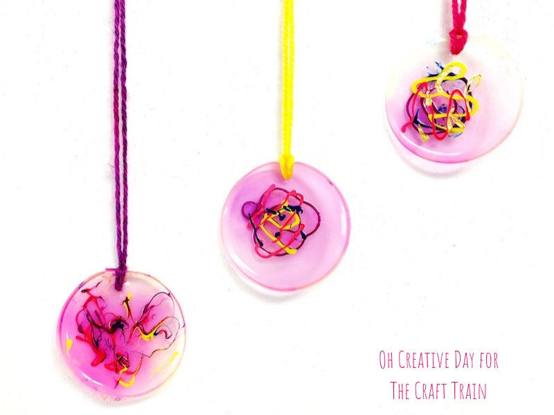 circle necklaces made from glue