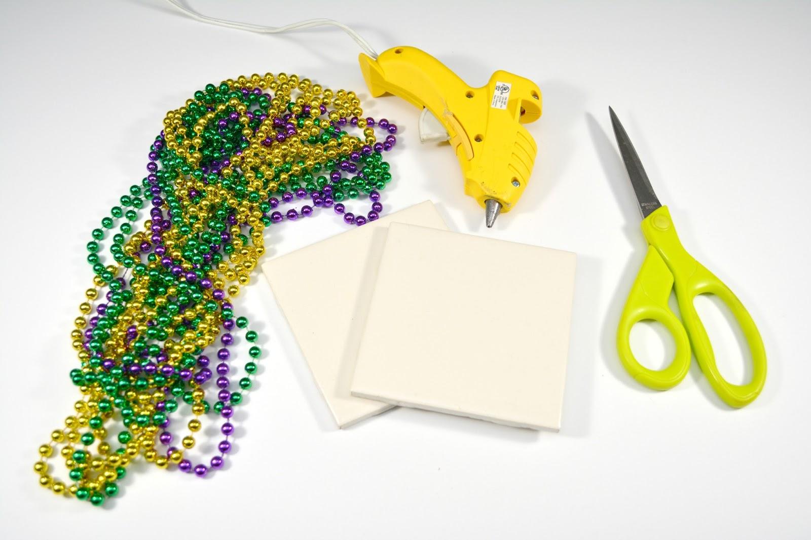 Life With 4 Boys Diy Mardi Gras Bead Decorations