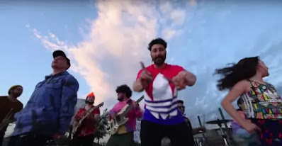 """La Combo Tortuga se une con Liricistas para lanzar """"Somos"""""""