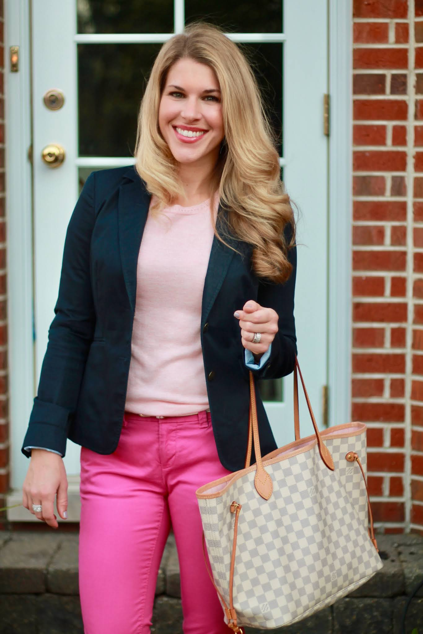 how to wear pink pants, pink sweater, fashion, pink ankle pants, LV Neverfull, navy blazer,
