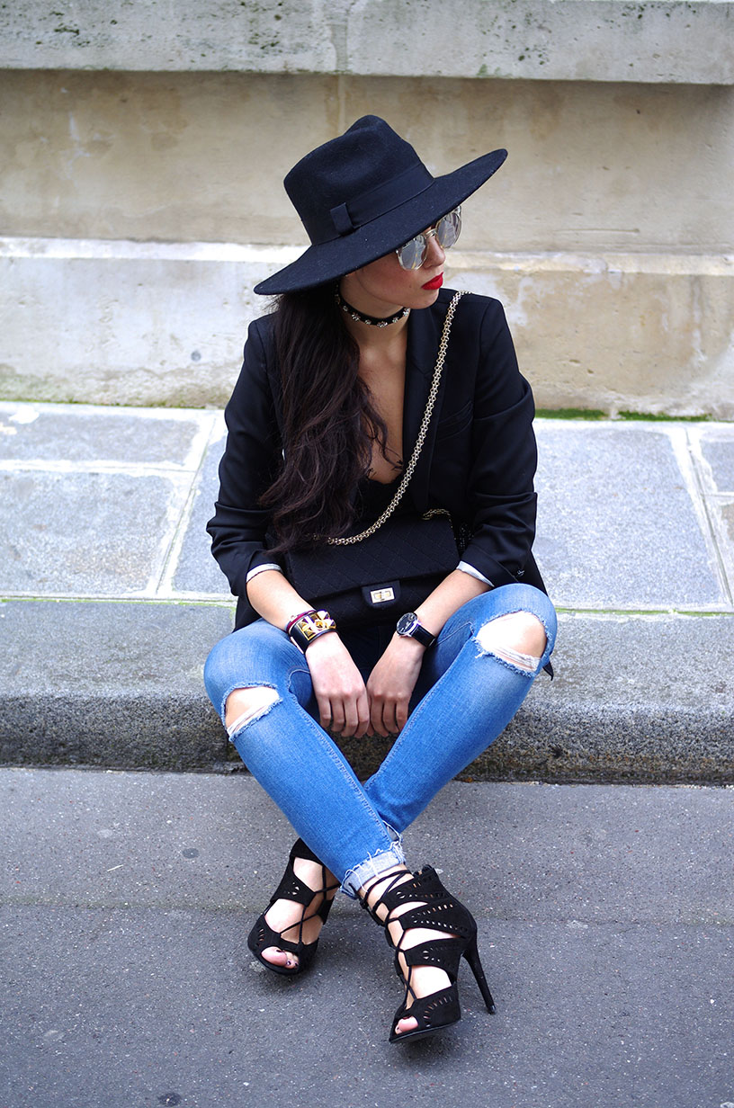 Elizabeth l  Black lace outfit l The Kooples jacket Zara lace top jeans shoes quay australia sunglasses chanel bag  l THEDEETSONE l http://thedeetsone.blogspot.fr