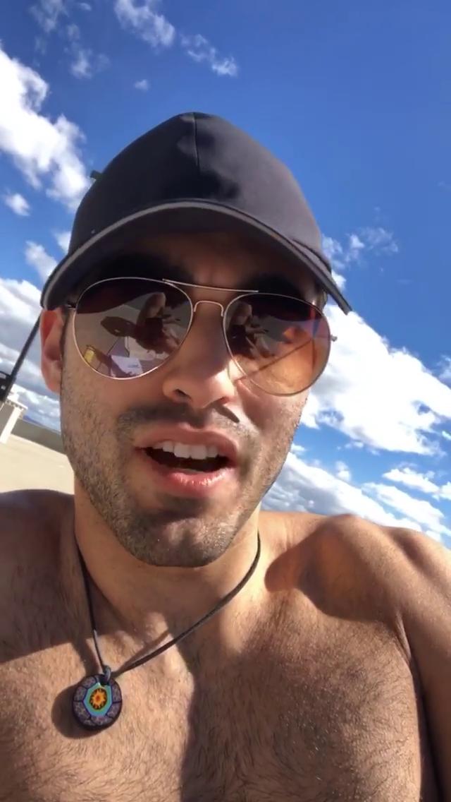 Alexis_Superfans Shirtless Male Celebs: Blake Michael