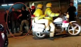 2 CSGT Sapa bị chỉ trích vì vội vã bỏ đi khi thấy 2 thanh niên hùng hổ đánh nhau trên phố