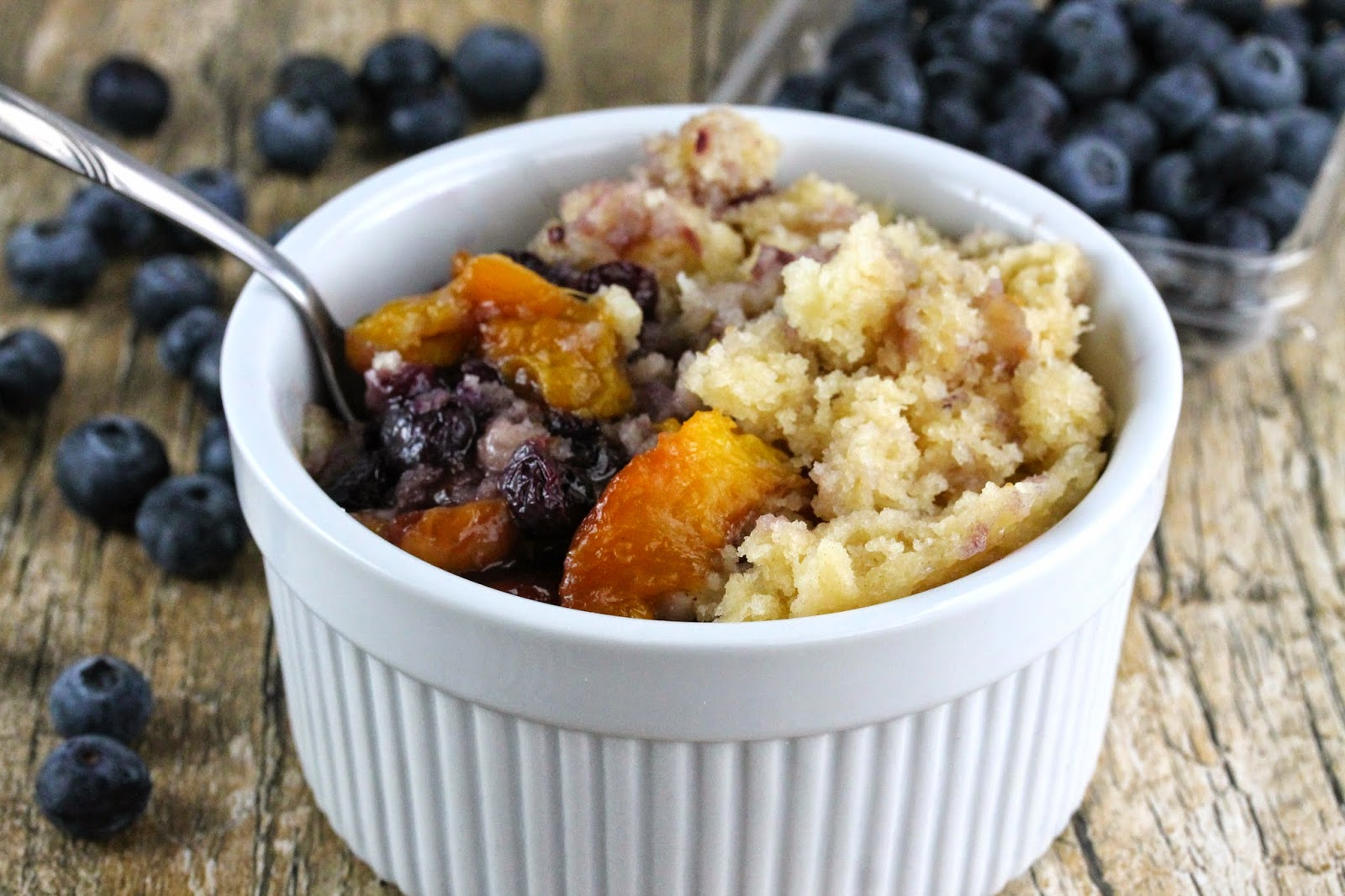 Slow Cooker Blueberry Nectarine Cobbler Thestayathomechef Com