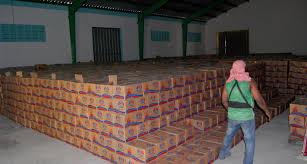 Arrestan a dos funcionarios del Plan Social y 4 comerciantes por venta de raciones alimenticias
