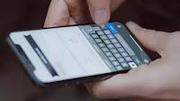 Scrivere più veloce su smartphone Android o iPhone toccando lo schermo