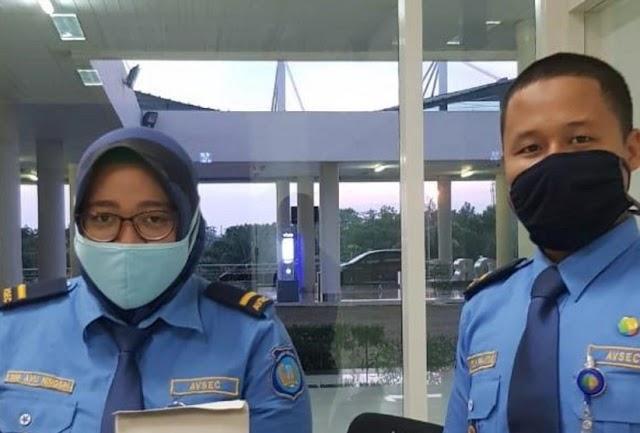 Karyawan Di 19 Bandara Wajib Pakai Masker Kain, Bukan Medis