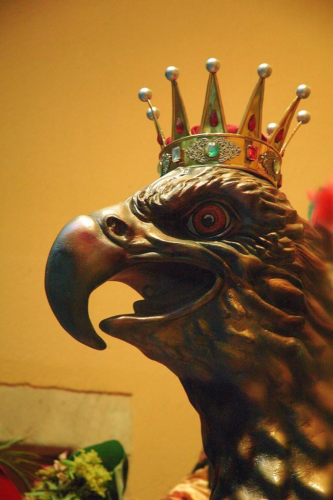 Giants (Capgrossos i gegants) in Catalonia: The Eagle (Aliga)