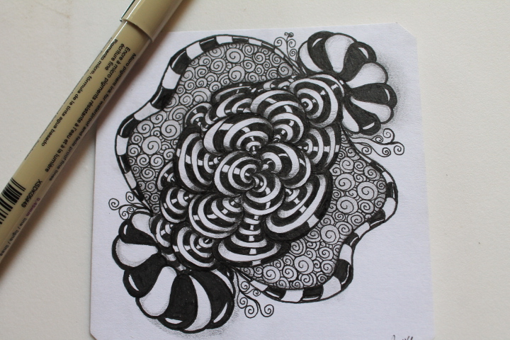 Tri-roda and bunzo zentangle