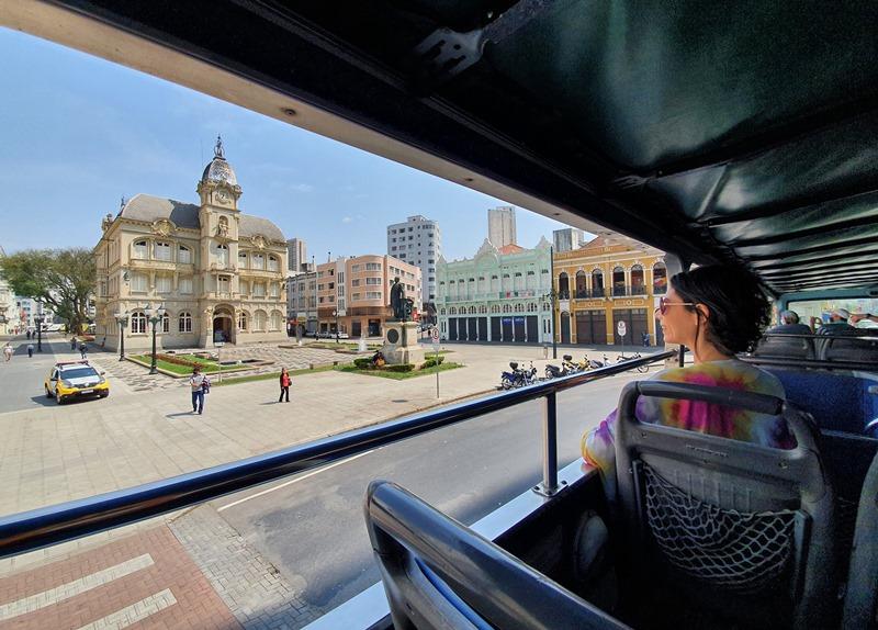 Ônibus turístico de Curitiba preço