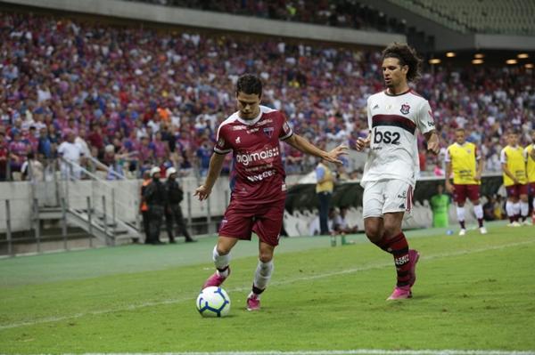 Fortaleza perde pro Flamengo
